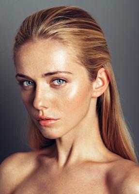 Lucia Faktorova (1)