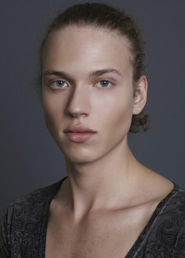 Michaela Szabo (7)