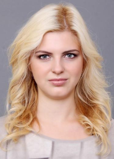 Veronika Janatova (10)