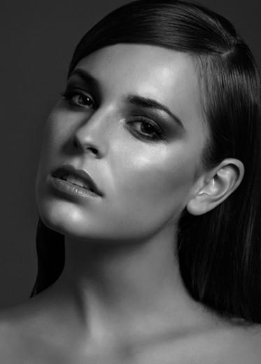 Veronika Janatova (6)