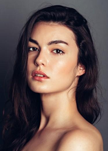 Zuzana Humajova (2)