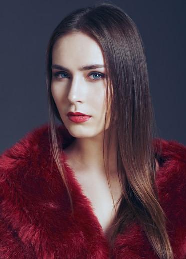 Andrea Jezikova (2)