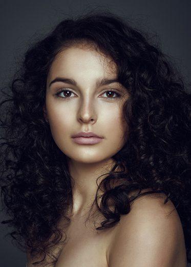 Dominika Dolezalova (2)