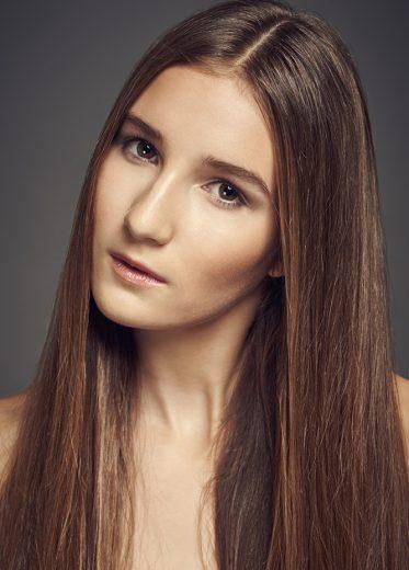 Kristyna Mazana (2)